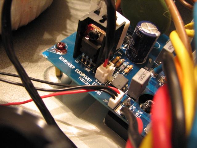 Quieter Fan Mod for Behringer EP2500-img_3471.jpg