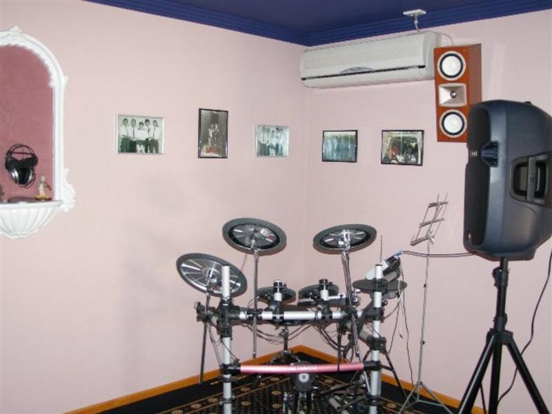 Sound System for Drummer-imgp0568-medium-.jpg