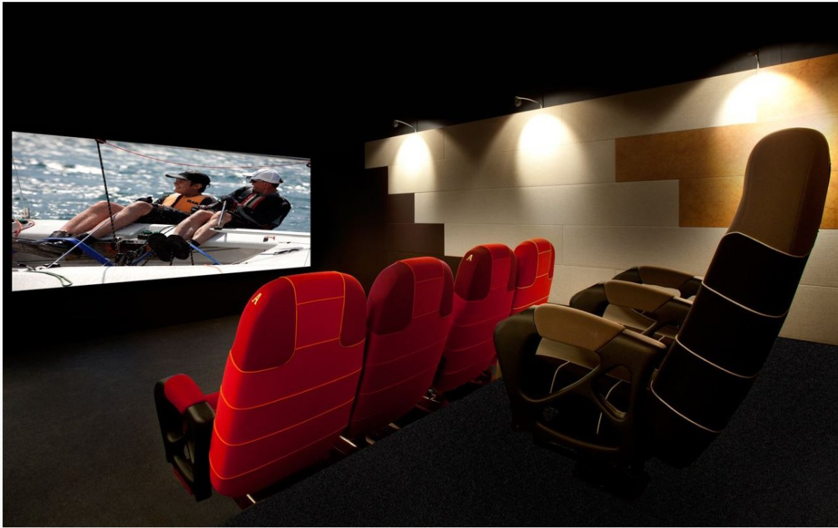 epic theater Get epic theatres of west volusia with epic xl showtimes and tickets, theater information, amenities, driving directions and more at movieticketscom.