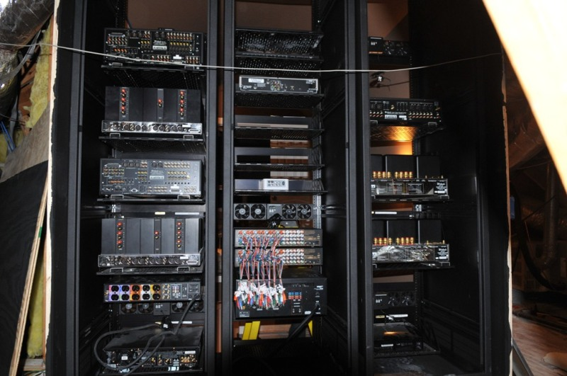 Building Middle Atlantic racks - 3 of them-mac_8474.jpg