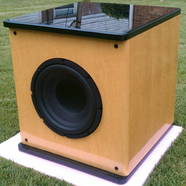 AV123 UFW-12 SUB with Modified AMP-maple2.jpg