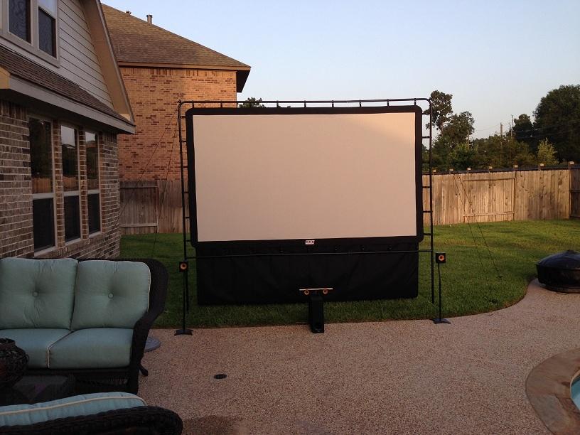 outdoor theater-outdoor-screen-1.jpg