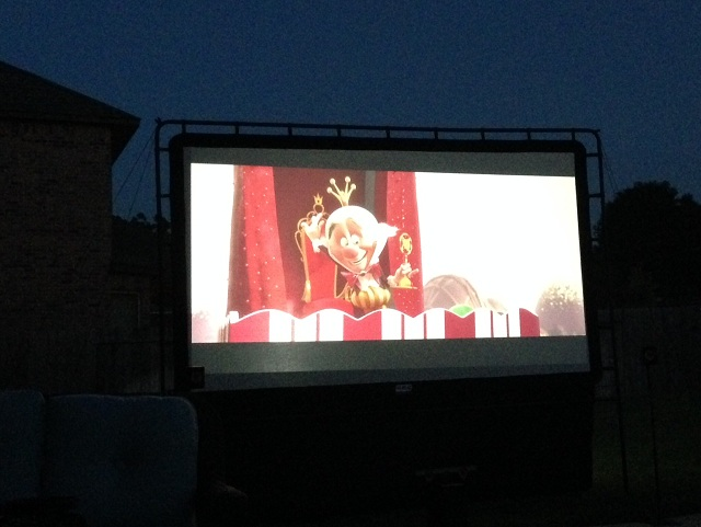 outdoor theater-outdoor-screen-rear-projection-test.jpg