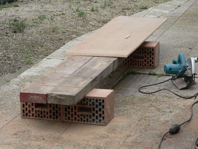 Pivoting TV-stand/HT-sub/stealth corner-p1010029.jpg