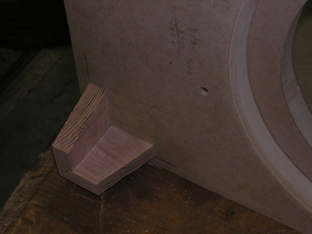 UPDATED (w/pics)  Dual RE SE-12 End table sub build...-p1010163_sm.jpg