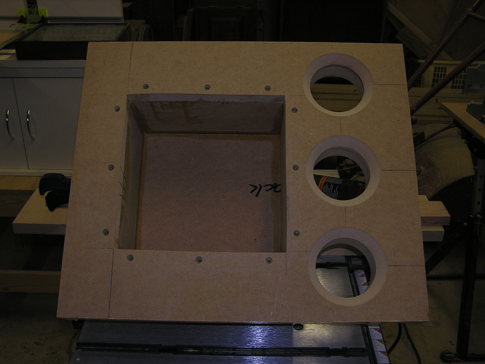 UPDATED (w/pics)  Dual RE SE-12 End table sub build...-p1010165_sm.jpg