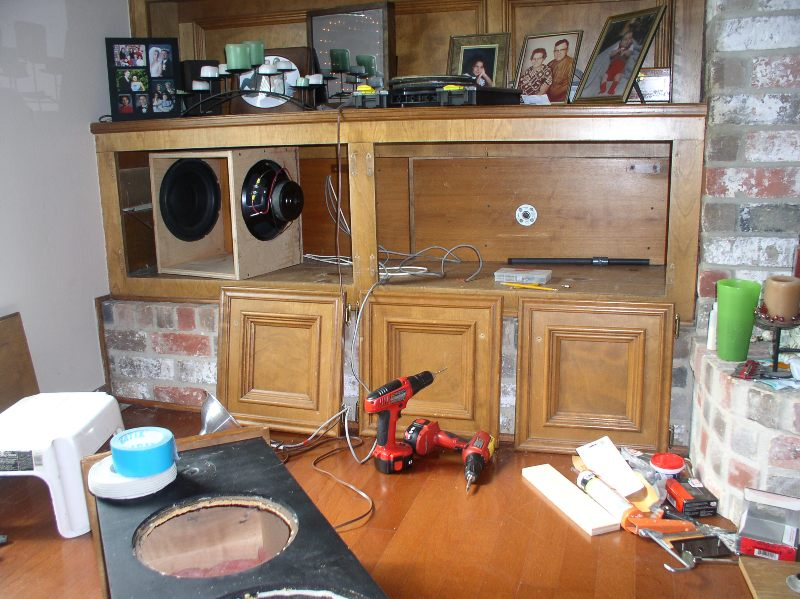 Built-in subwoofer project-p1010465-r.jpg