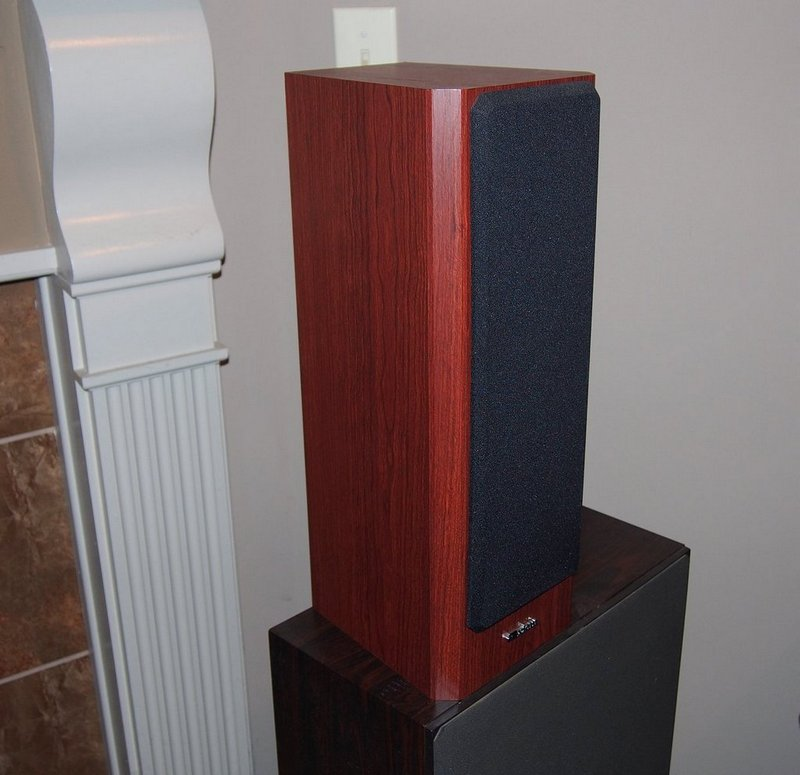 *SOLD* Axiom M22 v3 Speakers Boston Cherry-p9060248-001.jpg