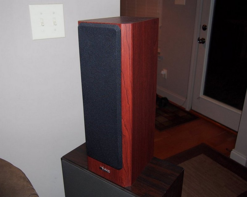 *SOLD* Axiom M22 v3 Speakers Boston Cherry-p9060249-001.jpg