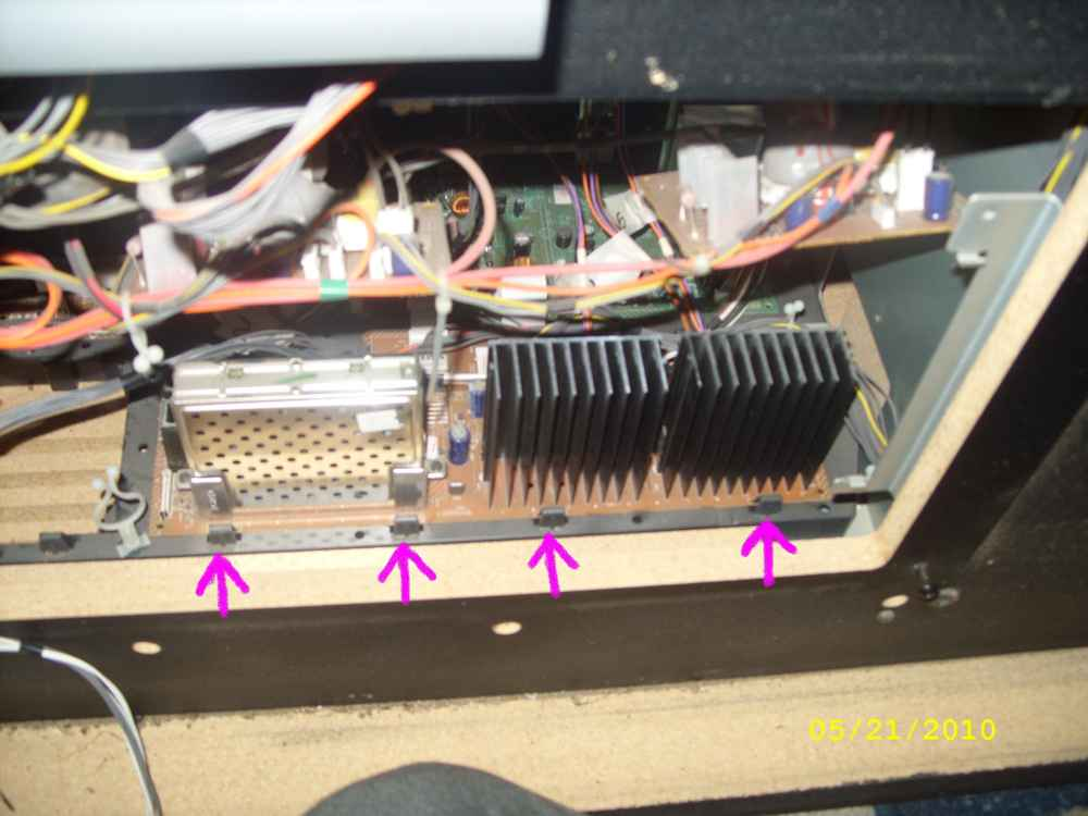 Steve's AV56WP74 Convergence Repair - with Pics-pcb-board-clips-small.jpg