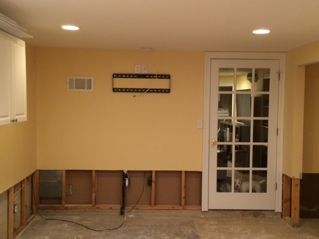 Is a Home Theater Possible in this room?-photo-1.jpg