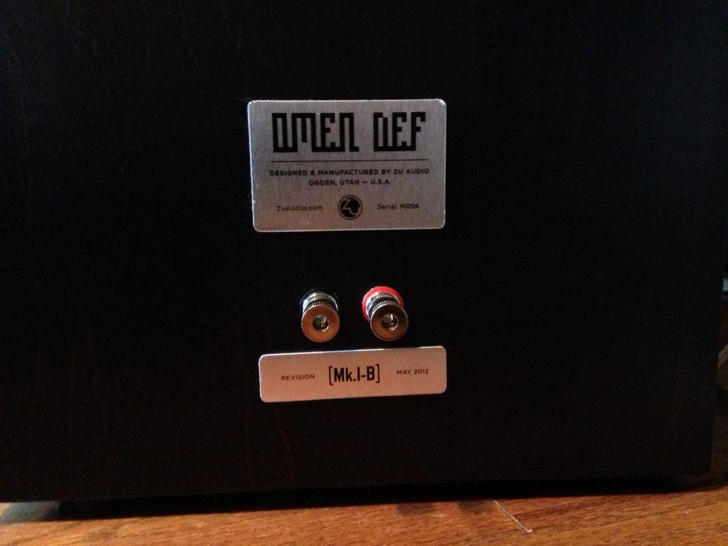 SOLD! Zu Audio Omen Def Mk.I-B *MINT* Like New-photo-2-1-.jpg