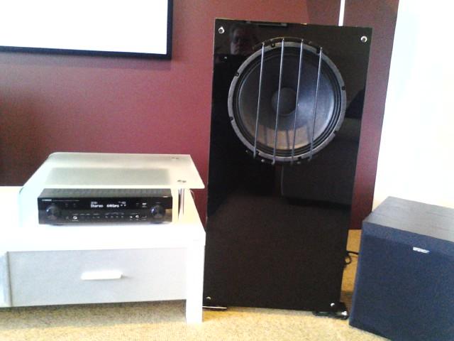 Harry's OB Home theatre set of speakers-pic_0804_122.jpg