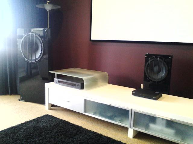 Harry's OB Home theatre set of speakers-pic_0804_123.jpg