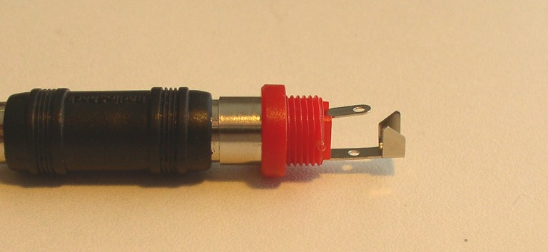How to Solder: An Illustrated DIY Guide to Making Your Own Cables-plastic-rca-b.jpg