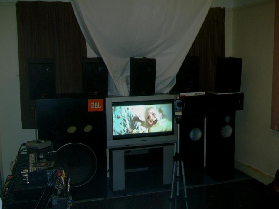 The JBL Control Cinema-poltergeist-20screen-202351-20image1.jpg