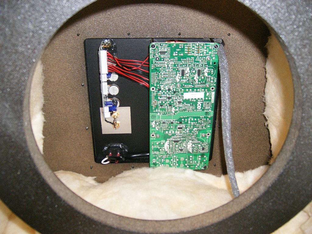 PowerSound Audio S1800 Review-powersound-audio-s1800-interior-6.jpg