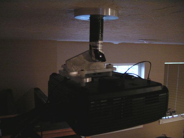 Newbie from Utah-projector-mount.jpg
