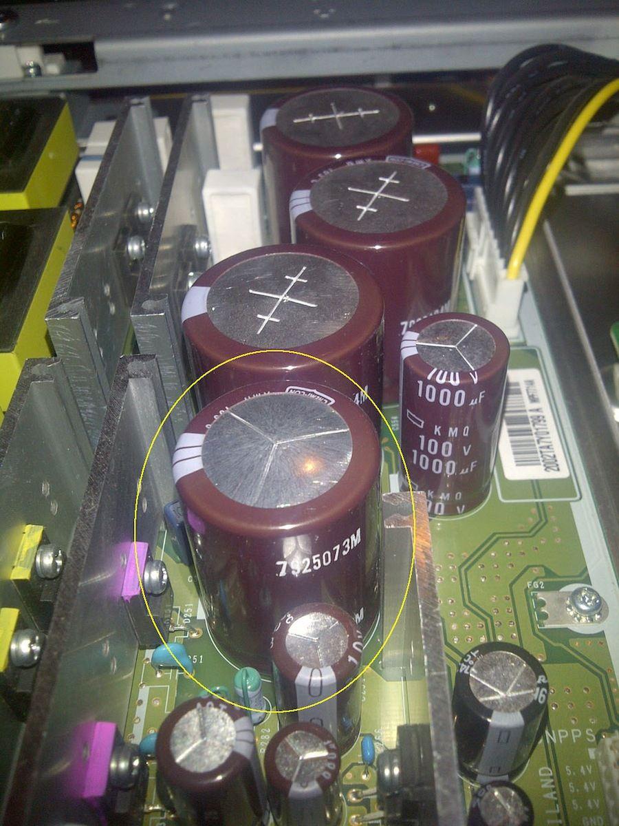 "Hitachi P60X901(60"" not 50"") led flashes 2 times (not 3)-psu-buffy-100v-3300uf-cap_2.jpg"
