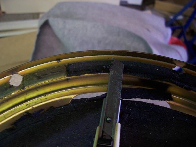 Repairing speaker surrounds.-removingsurround.jpg