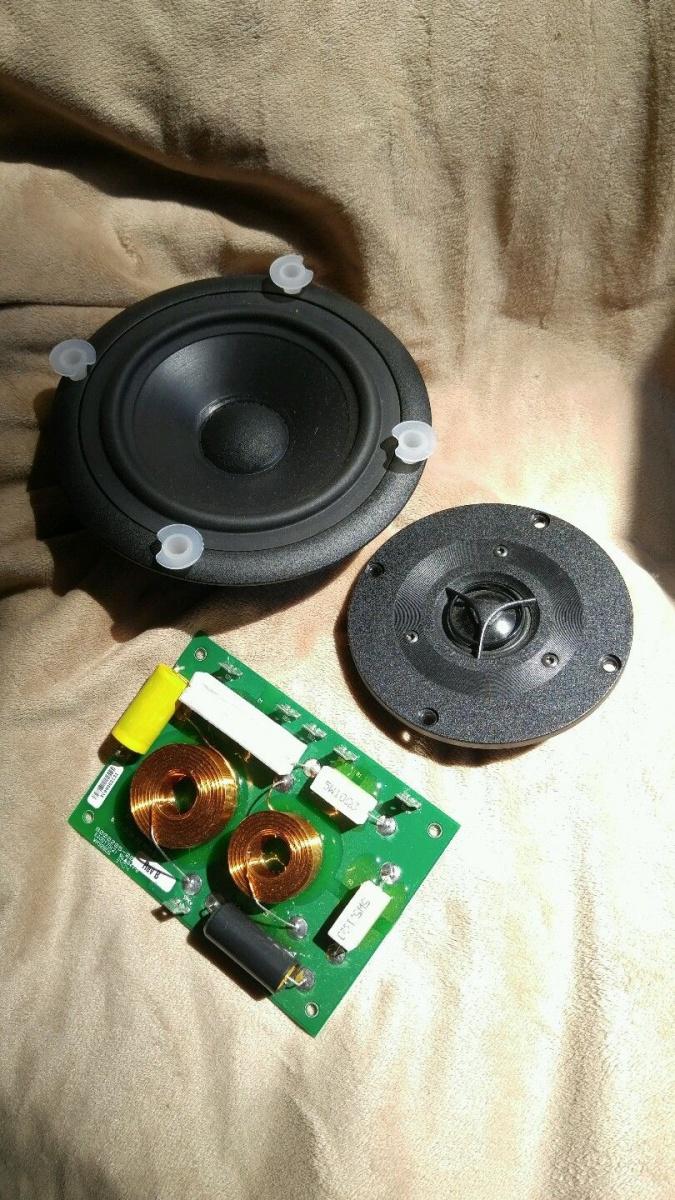 Lot of 5 NEW Madisound Vifa Recession Buster Kits - 5-s-l1600-1-.jpg