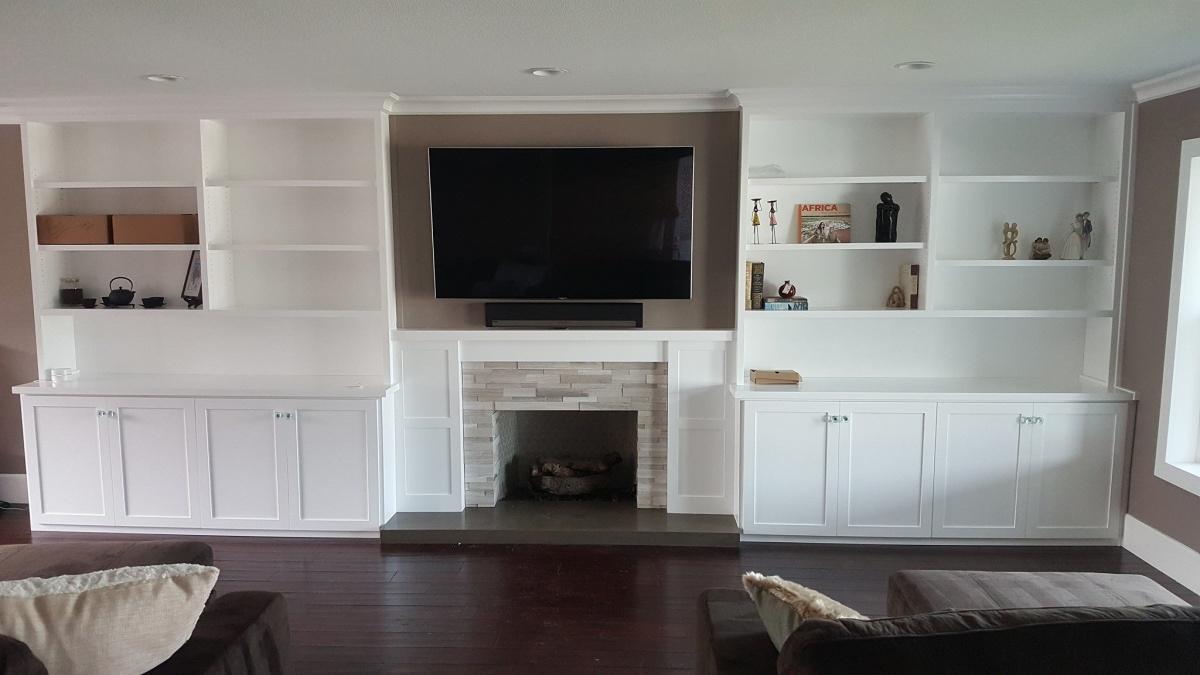 Speaker recommendations for livingroom-sample-entertainment-center.jpg