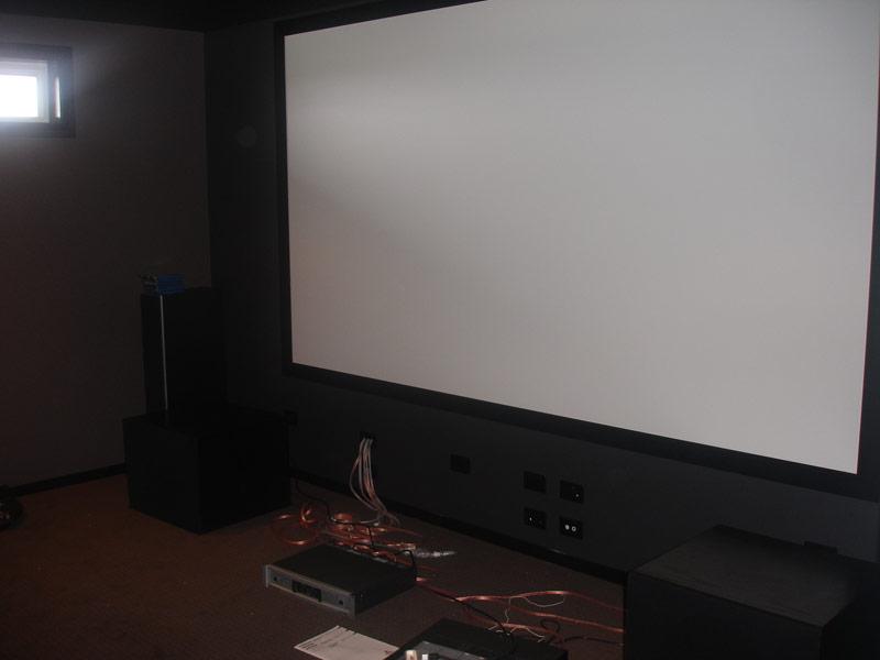 Semi-Modest Home Theater from Australia-screen.jpg