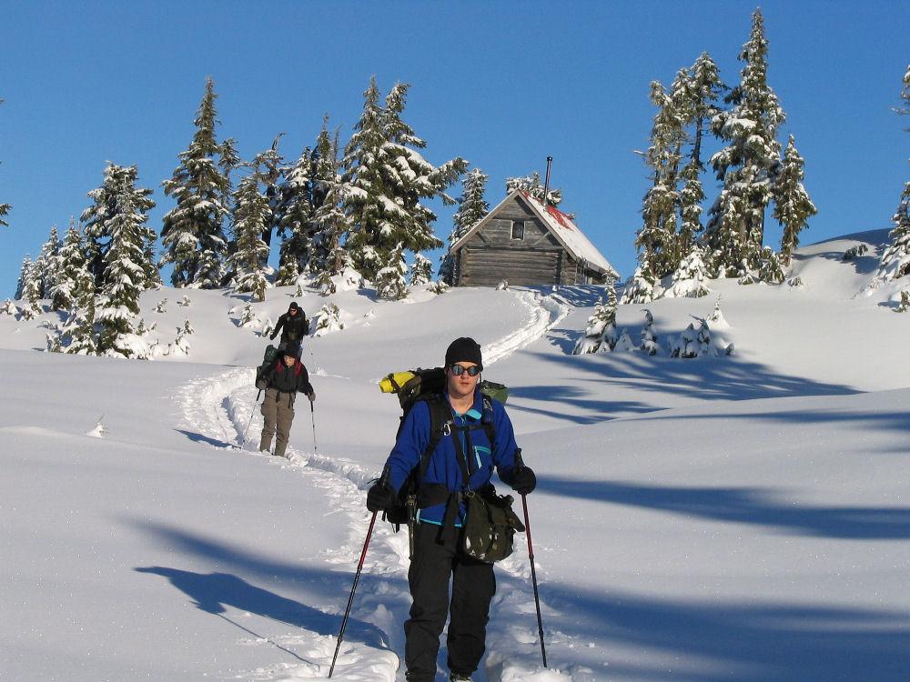 Photo Contest!!!!-snowshoeing-dec.25-27-20040183small.jpg