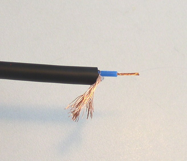 How to Solder: An Illustrated DIY Guide to Making Your Own Cables-solder-11.jpg