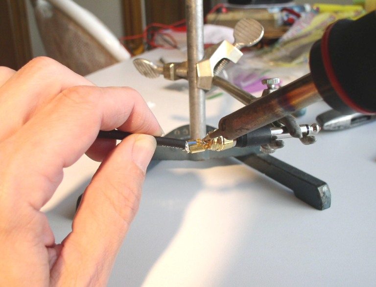 How to Solder: An Illustrated DIY Guide to Making Your Own Cables-solder-17.jpg