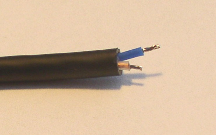 How to Solder: An Illustrated DIY Guide to Making Your Own Cables-solder-25.jpg