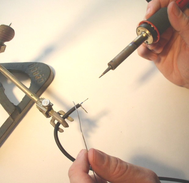 How to Solder: An Illustrated DIY Guide to Making Your Own Cables-solder-7.jpg