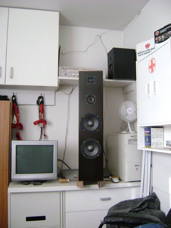 Another Newbie!!!-speaker-project-030b.jpg