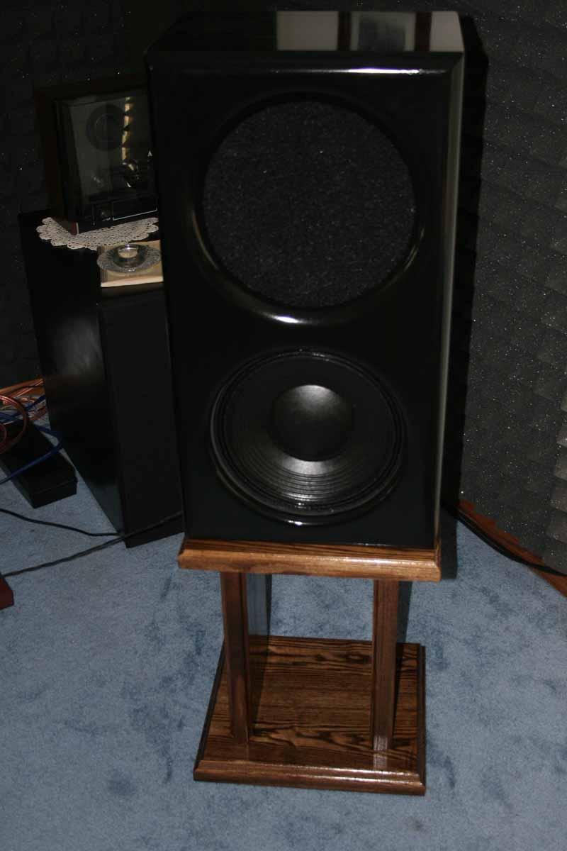 Emotiva-speaker-stands-002.jpg