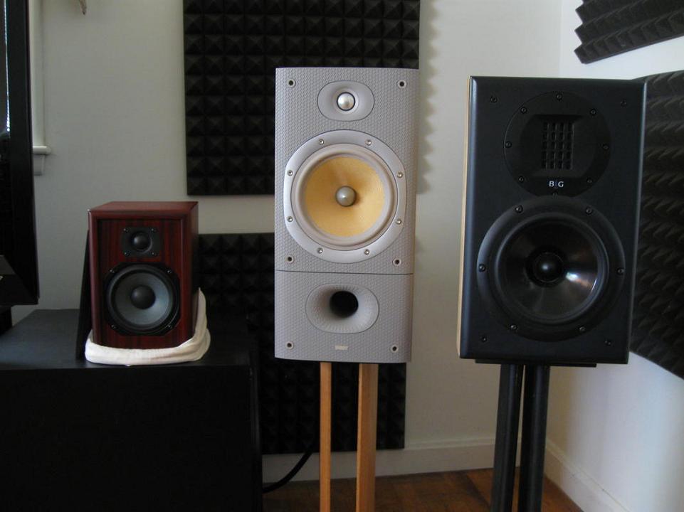 2 Channel Picture Gallery-speaker-trio.jpg
