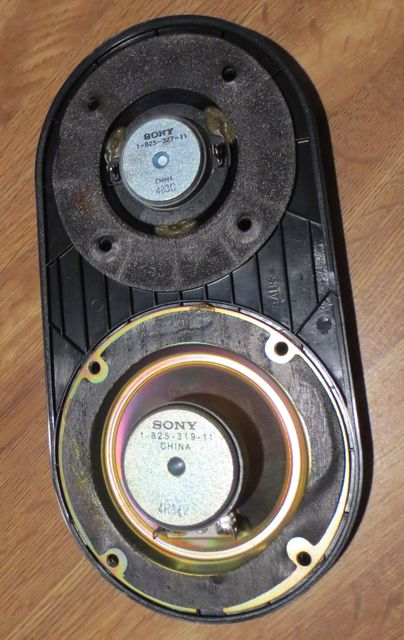 Mid Driver and Tweeter not working but Bass Driver working - how to tell if Caps are bad and what needs to be replaced-speakercomponenta.jpg