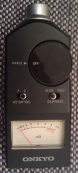 First steps with REW and subwoofer measurement-spl-meter.jpg