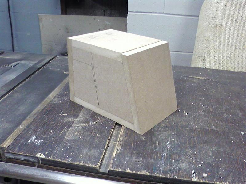 Dipolar rear surround speaker-sspx0037.jpg