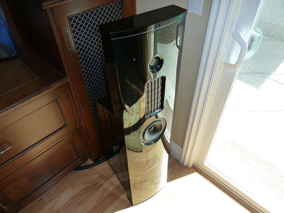 Strata Mini (Rare Piano Gloss Black)-strata-mini-1.jpg