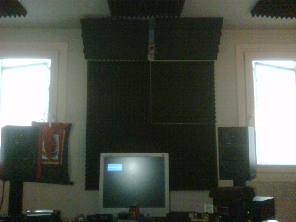 Help with bass traping-studio-center.jpg