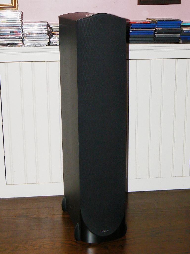 Paradigm Studio/60 V3 Speakers-studio-front-grill2.jpg