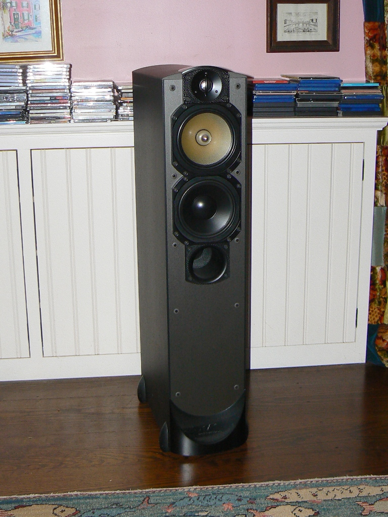 Paradigm Studio/60 V3 Speakers-studio-front-nogrill4.jpg