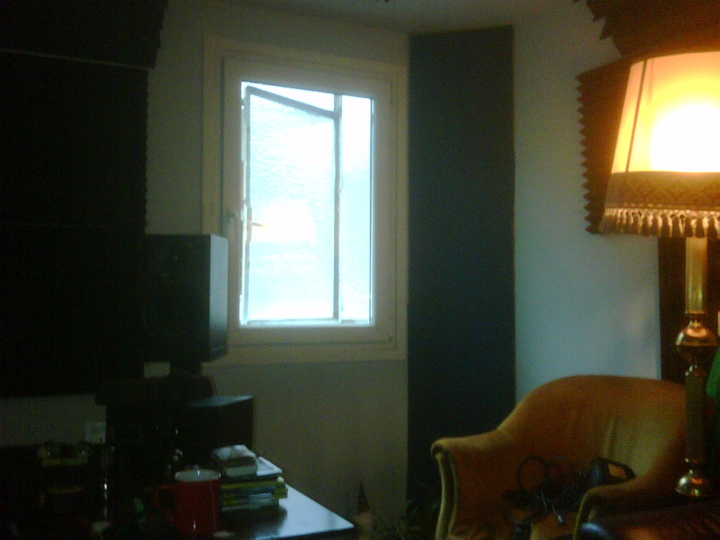 Help with bass traping-studio-right.jpg