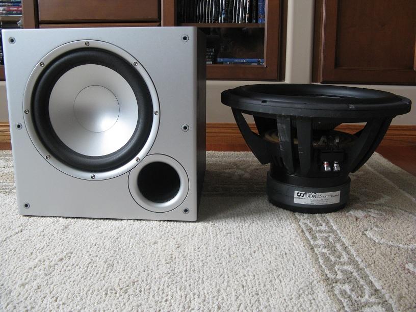 3.75 cu.ft. sealed sdx15 w/ oaudio 500w plate amp-sub11.jpg