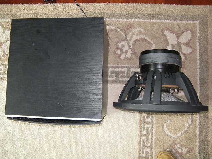 3.75 cu.ft. sealed sdx15 w/ oaudio 500w plate amp-sub13.jpg