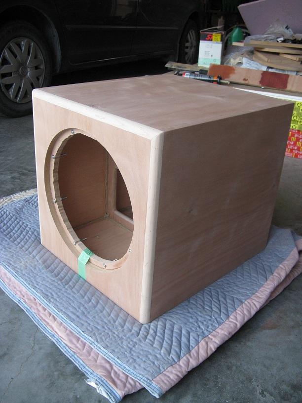 3.75 cu.ft. sealed sdx15 w/ oaudio 500w plate amp-sub3.jpg
