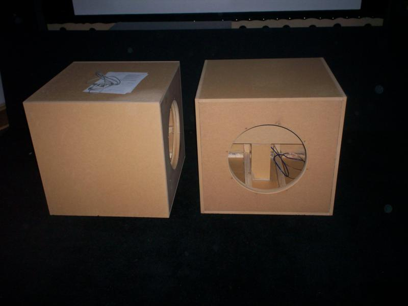 new maelstrom project-subwoofer1-221_800x600.jpg