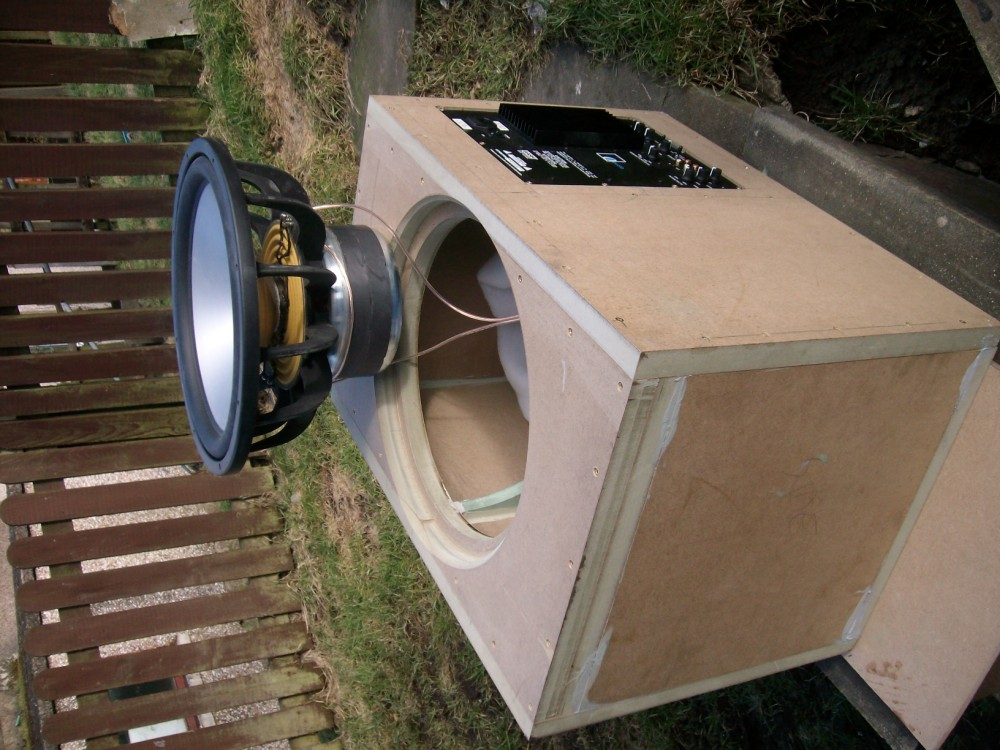 """90 litre single 15"""" driver project.-test-fitting.jpg"""