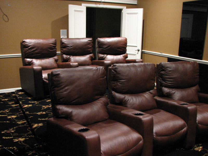 Chuck's Home Theater-theater-seats-3s.jpg