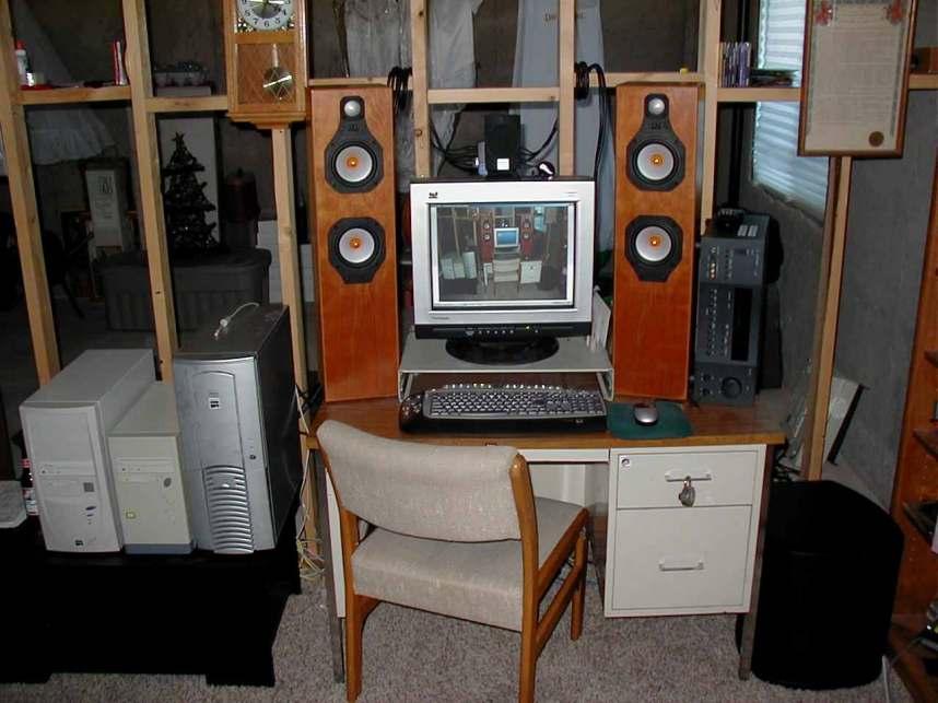 Bookshelf speakers as a computer speaker.-toomuch2.jpg